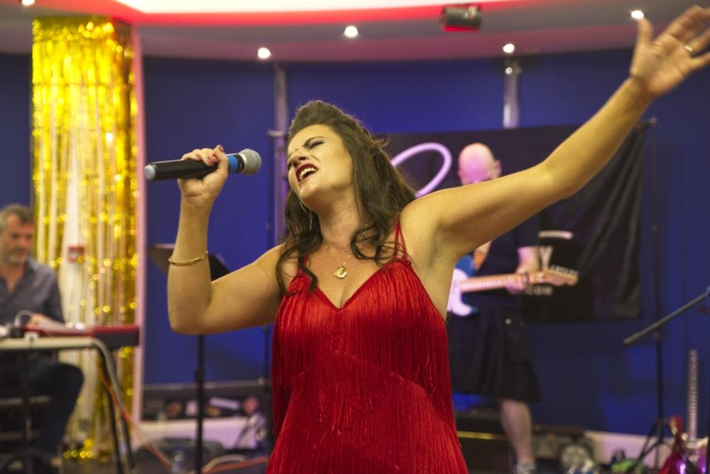 Sophia Stutchbury _ Singer Songwriter Folkestone - Seaview Music Studio